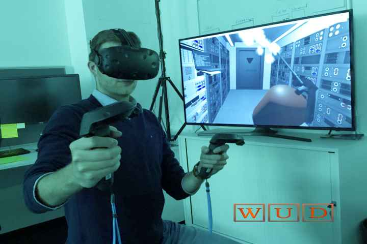 Virtual Reality Helps To Overcome People's Fear Of Public Speaking
