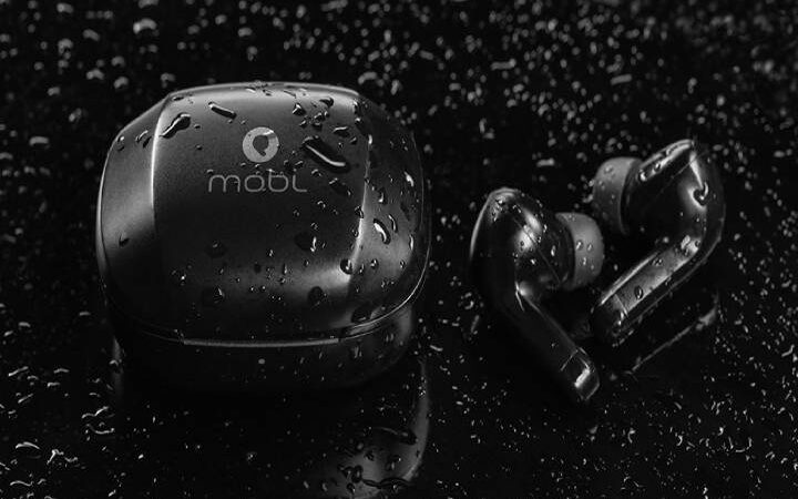 Earbuds1 (1)