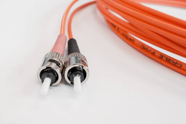 3 Unique Benefits of Using Fiber Optic Cables for Your Internet Connection!