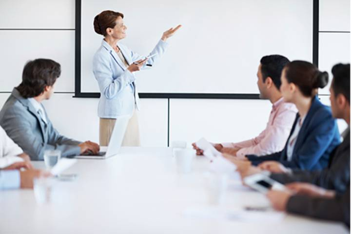 Benefits of taking up management and leadership course for beginners