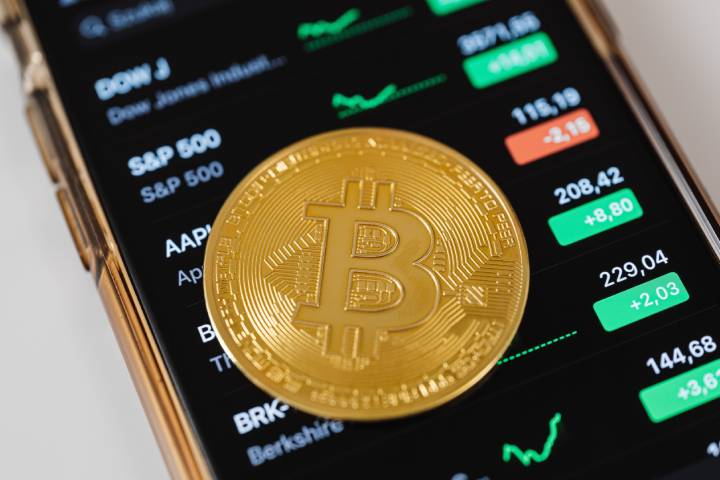Wallets to Safely Store Altcoins and Cryptocurrency